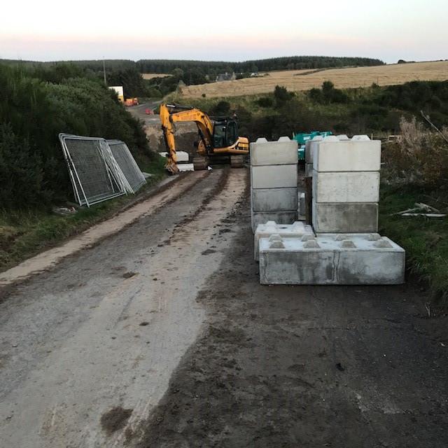 Inverurie-Precast-Ltd-Specialist-Manufacturer-and-Supplier-of-Precast-Concrete-Products-Aberdeenshire-Scotland-News-Interlocking-Lego-Block-Bridge-10
